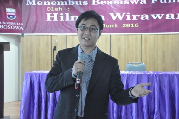 Hilman Wirawan Berbagi Pengalaman di Fakultas Psikologi Unibos