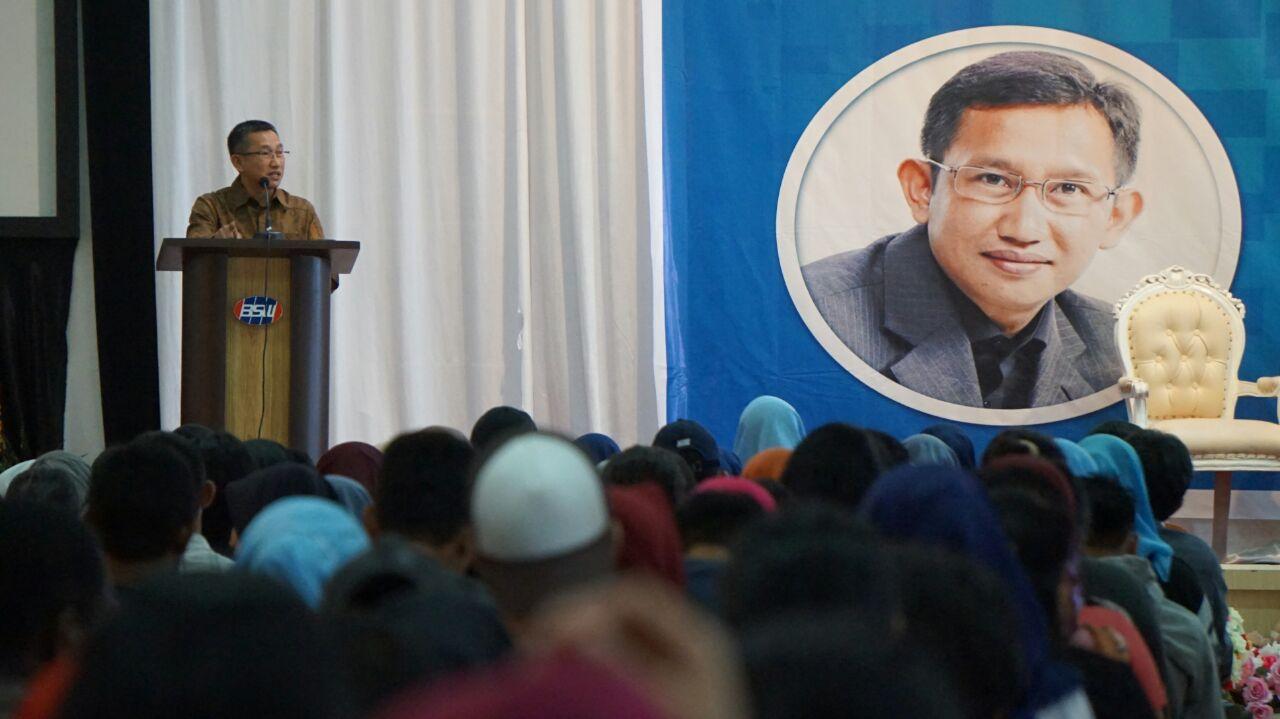 FOUNDER POLMARK INDONESIA BAHAS DEMOKRASI DI UNIBOS