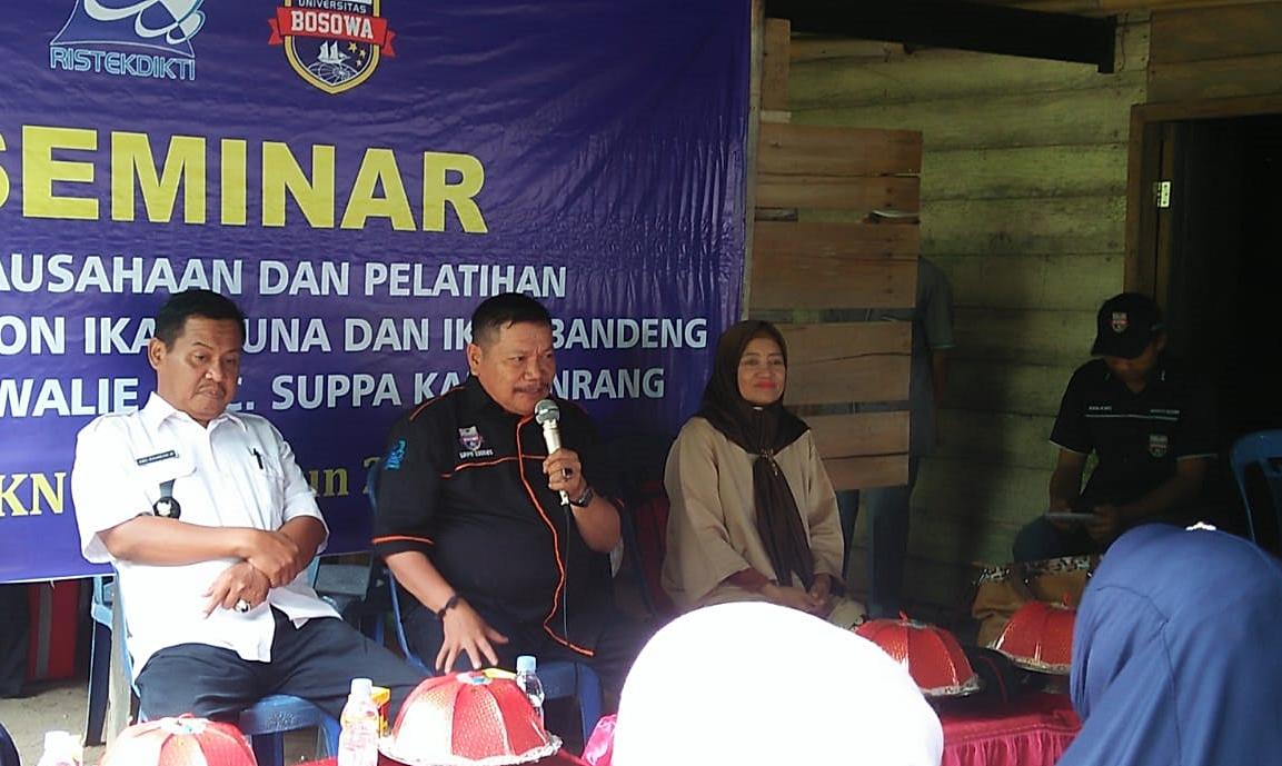MAHASISWA UNIBOS BANTU MASYARAKAT PINRANG KEMBANGKAN ABON IKAN