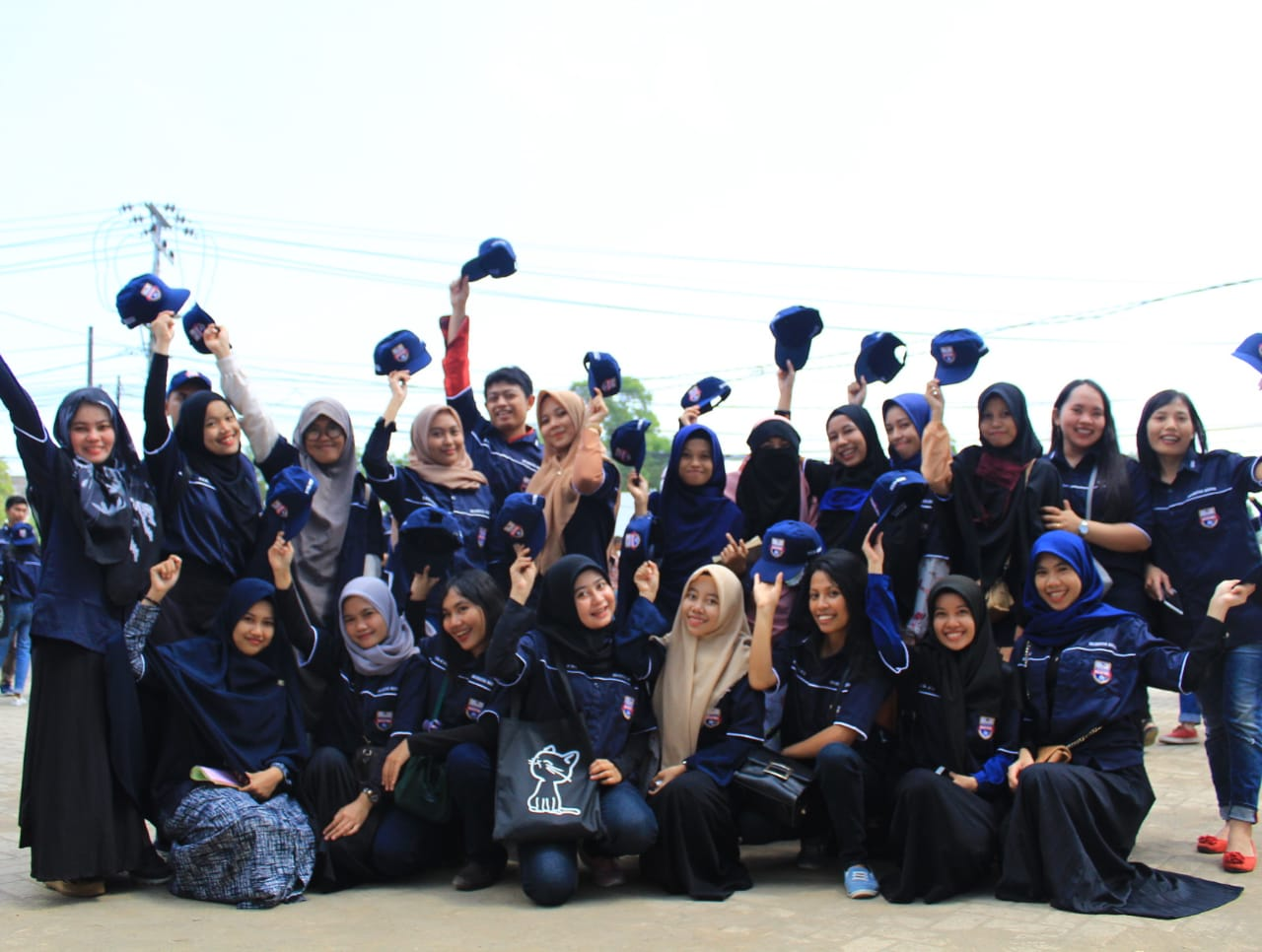 Rektor Unibos Lepas 600 Mahasiswa KKN Menuju Empat Kabupaten